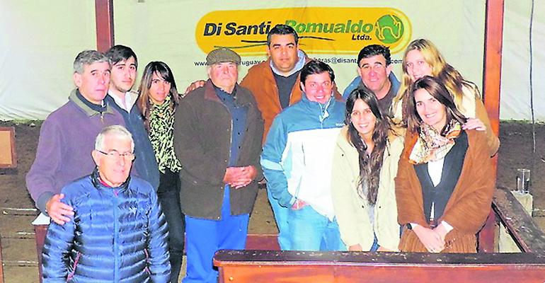 Un buen remate Holando concretó escritorio Di Santi & Romualdo